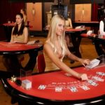 live-dealer-in-casino-blackjack
